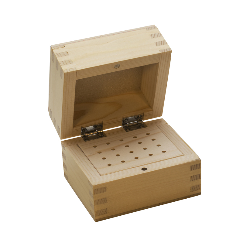 20 HOLE WOOD BUR BOX