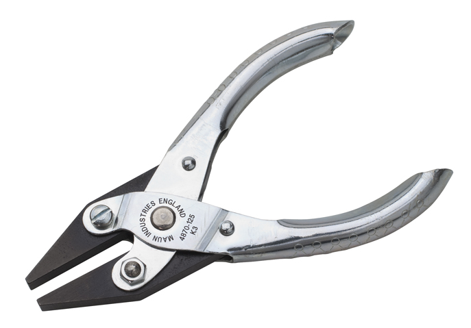 PARALLEL PLIER WITH SMOOTH JAW - FLAT
