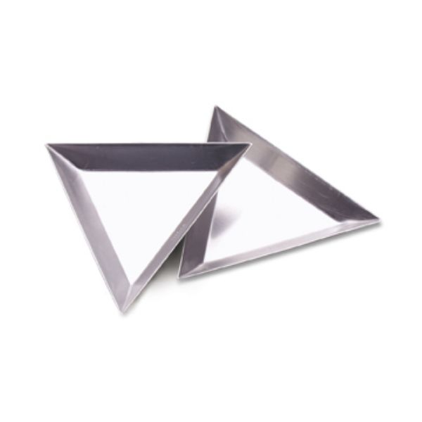 TRIANGULAR TRAY