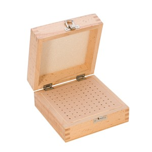 100 HOLE WOOD BOX